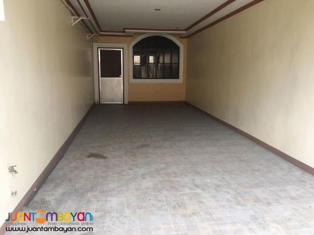 MAINTAINED 4 BR TOWNHOUSE NEAR MINDANAO,CONGRESSIONAL AVE Q.C