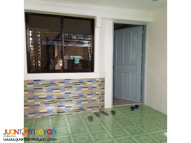 2 Bedroom Las Pinas Townhouse
