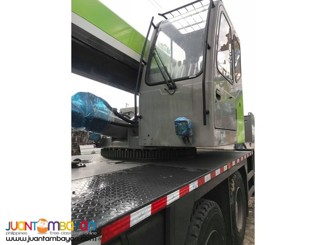 BRAND NEW MOBILE CRANE QY25K