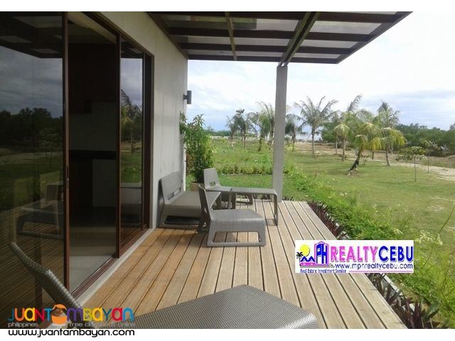 FAMILY VILLA / BEACH HOUSE FOR SALE AT ADUNA BEACH VILLAS DANAO