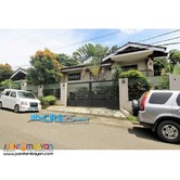 House with Swimming Pool in Mandaue Cebu