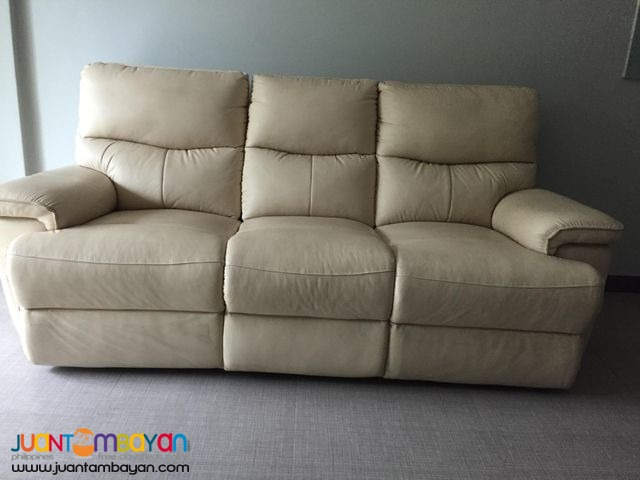 Recliner Couch/Sofa