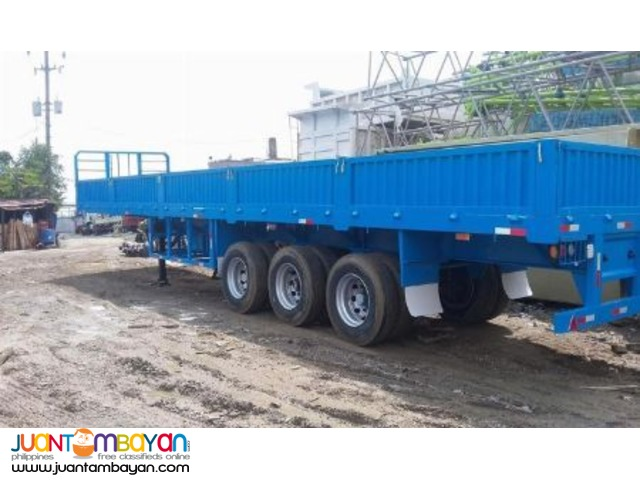 Flatbed with sidings Tri-axle