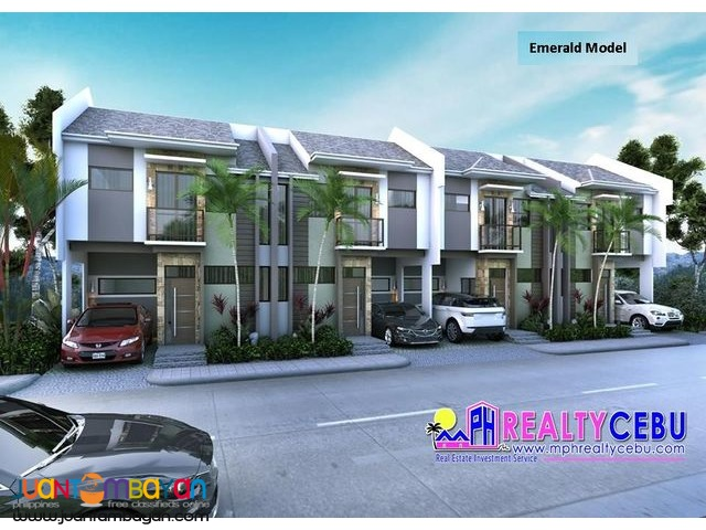 4BR 3T&B 2-Storey Townhouse in Minglanilla Highlands