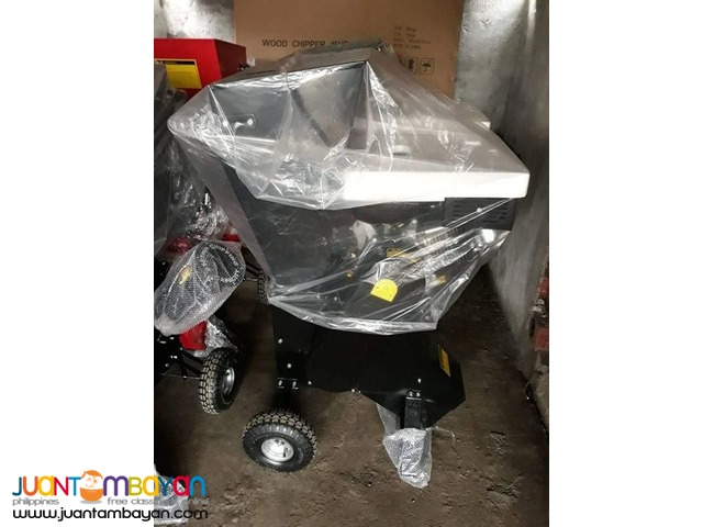 Brand New ! Portable Wood Chipper.,.,