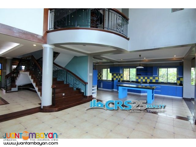 3 Level House For Sale in Guadalupe Cebu City