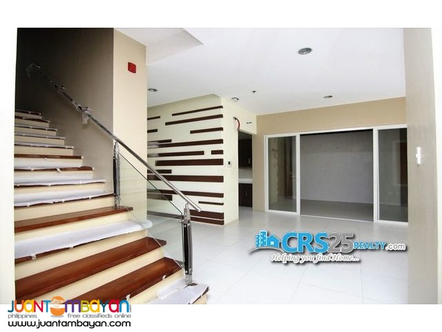 Condo Unit 3 Bedroom in Padgett Place Cebu City