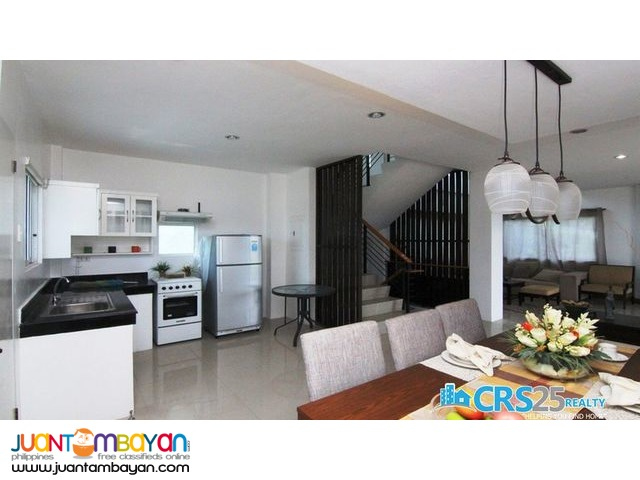 OVERLOOKING 4 BEDROOM MODERN HOUSE FOR SALE IN TALISAY CEBU