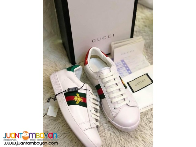 d3d7f063c GUCCI SHOES - GUCCI SNEAKERS - Gucci White Ace Bee Embroidered ...