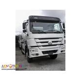 10 Wheeler HOWO A7 Mixer Truck