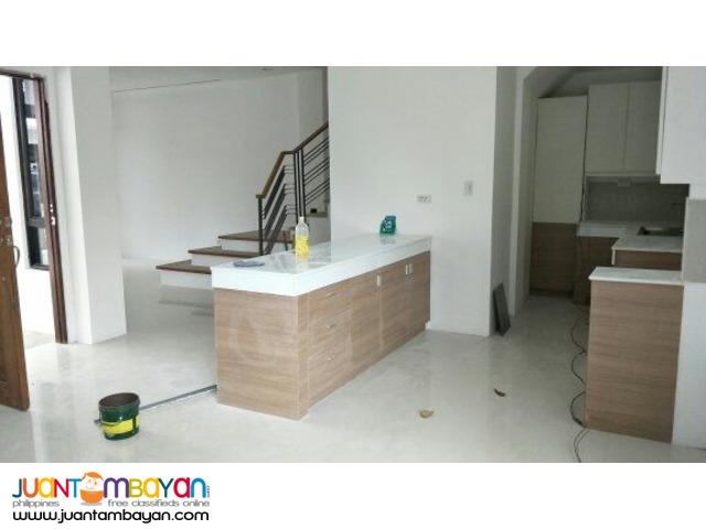 7 Bedroom Greenwoods House