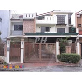 Peaceful Townhouse In Tandang Sora QC near Pasong tamo PH937