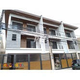 Elegant Townhouse In Visayas Avenue PH1100