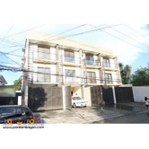 Classic Design Townhouse in Project 8, QC Metro Manila PH893