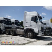 10 Wheeler 380hp Howo Tractor Unit