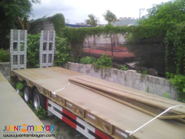 TRI AXLE LOWBED SEMI TRAILER 60 TONS