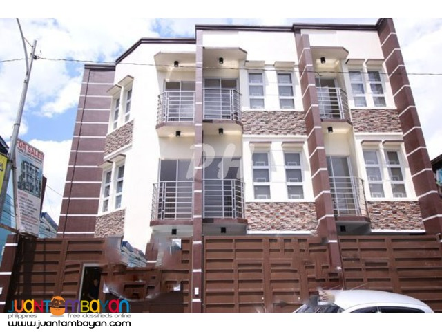 Affordable Townhouse in Bago Bantay PH739
