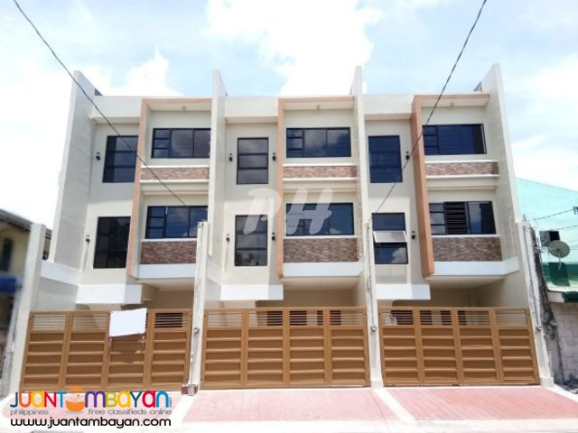 Spacious Townhouse In Project 6 Q.C Area  PH1030