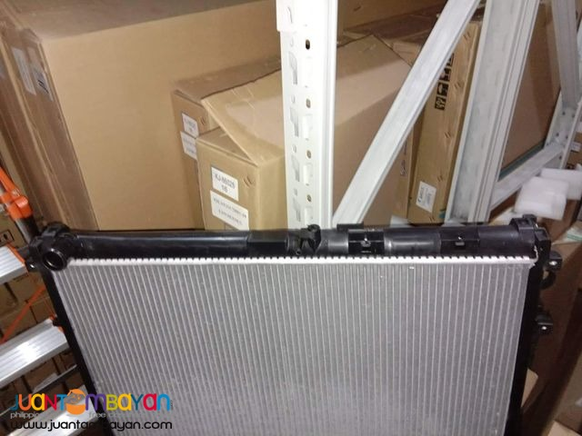 Toyota Land cruiser LC200 radiator