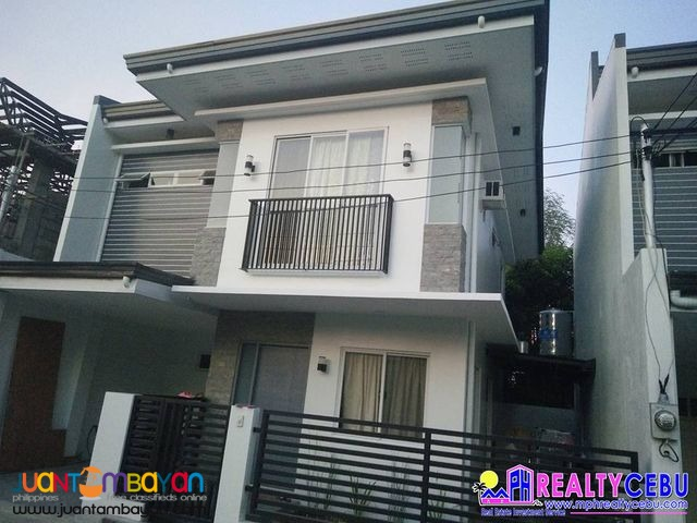 Single Attached 4 BR House at 7th Avenue Res. in Mandaue Cebu