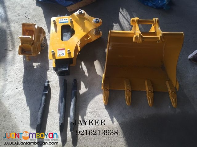 HQ25-30 Backhoe Loader