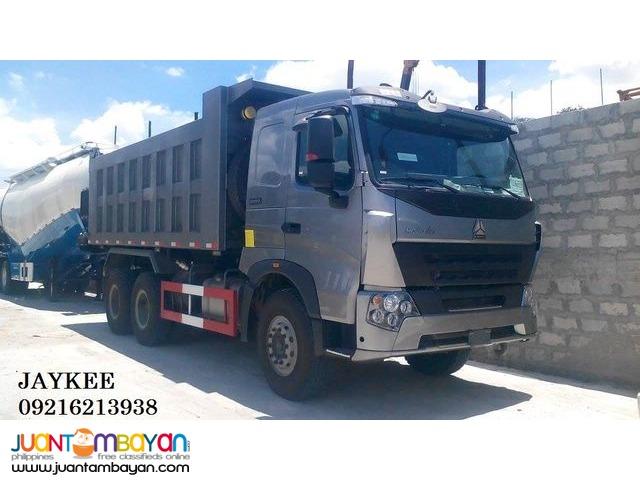 Sinotruk Howo-T7 10 Wheeler Dump Truck