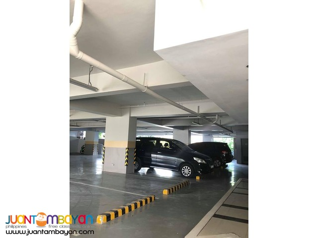 Commercial Space for rent in Business park ayala MDCT Bldg