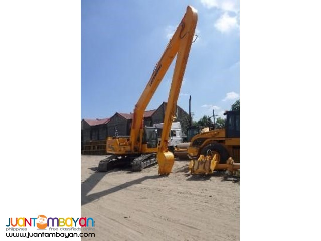 Backhoe CDM6235 Hydraulic Excavator ( Long Arm)