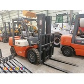 FORKLIFT MATIC AND MANUAL