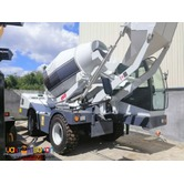 Brand New YAMA 4.0 M3 SELF FEEDING MIXER (for sale)