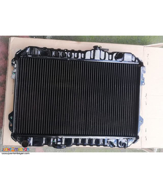 Toyota revo 7k engine radiator assembly