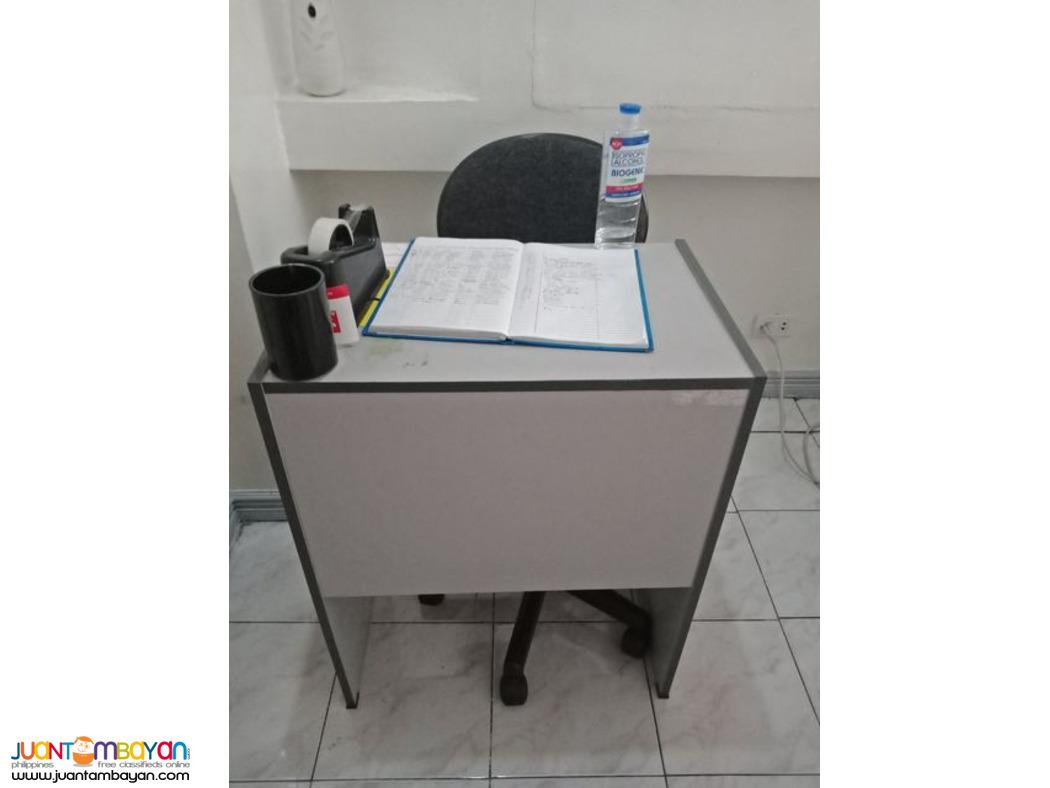 Epson Inkjet Printer Scanner Copier Epson L555 Free Office Table