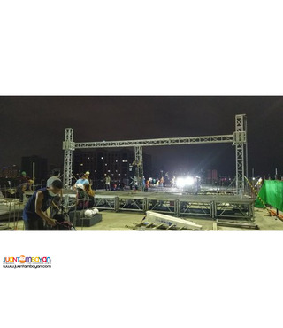 STAGE AND TRUSSES FOR RENT