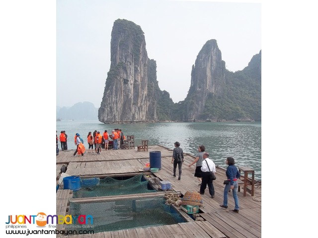 Vietnam tourist spots, Halong Bay, with kayaking and  boat trip