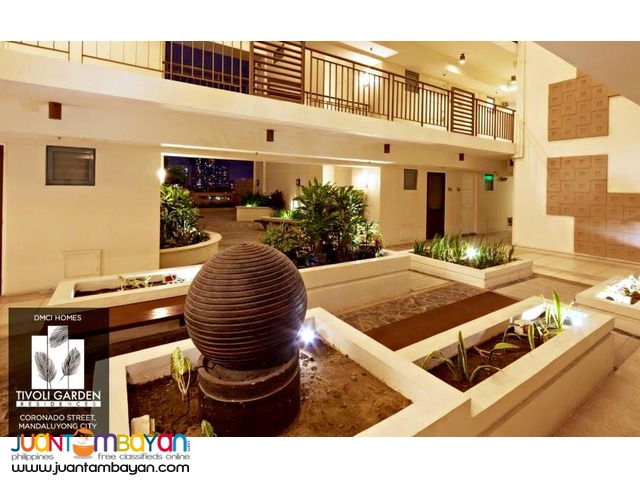 AFFORDABLE PRICE CONDO IN MAKATI ROCKWELL