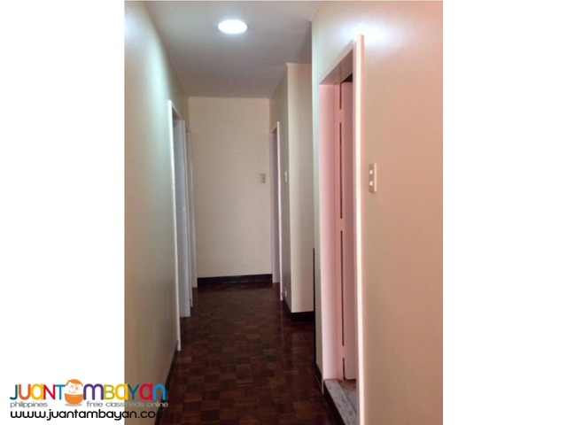 Furnished Two Storey House for Sale. 6 Bedroom House. Baguio City