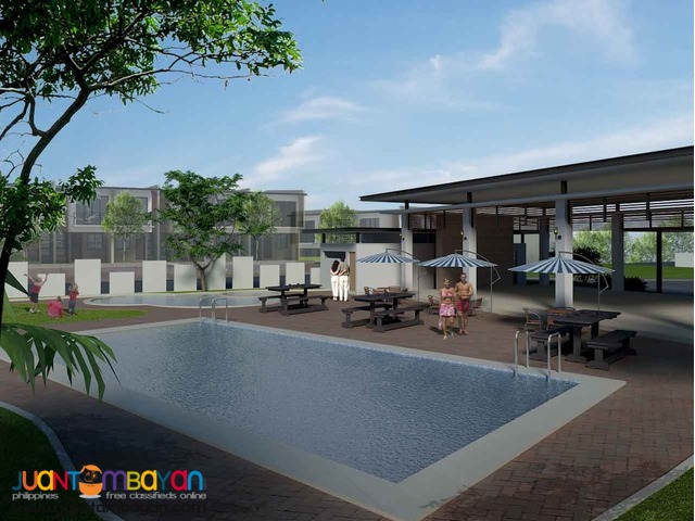 House and lot townhouse infront of sm southmall laspinas