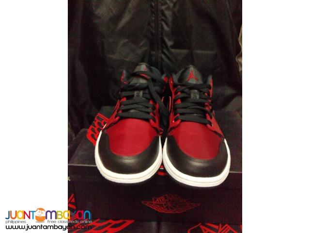 Genuine Air Jordan 1 Bred Low Basketball Shoes