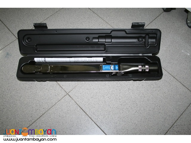 Torque Wrench Precision Instruments 0.375 inch drive - USA