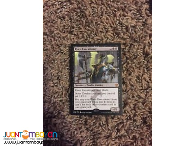 Risen Executioner (Magic the Gathering Trading Card Game)