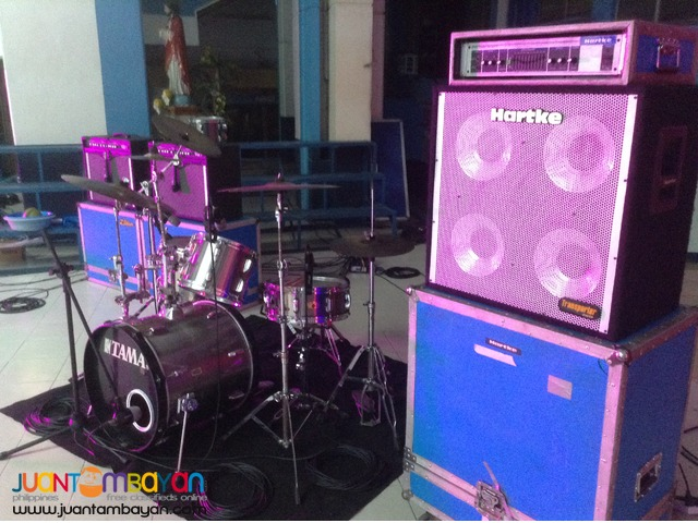 For rent complete lights and sound (PA system,mobile,backline)